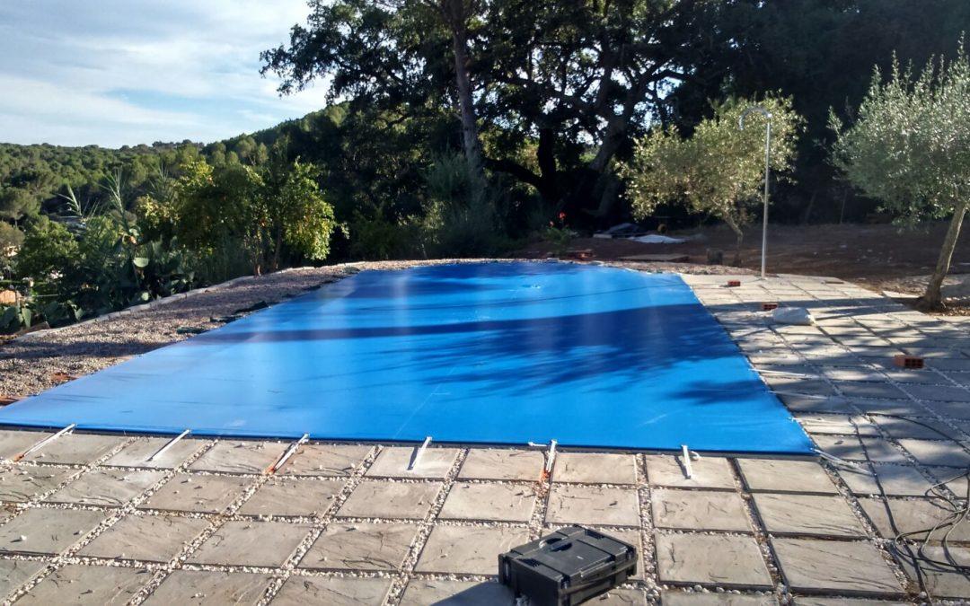 Lonas para tapar piscinas Córdoba